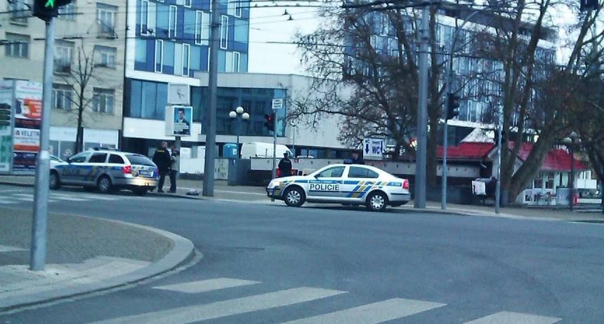 policie zadrželaI.