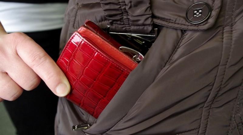 krádež peněženky, mpliberec