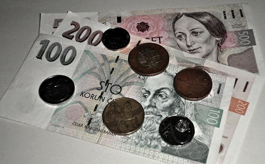 bankovky, peníze, wikimedia.org