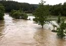 Meteorologové vydali výstrahu před silným větrem a hrozbou povodní