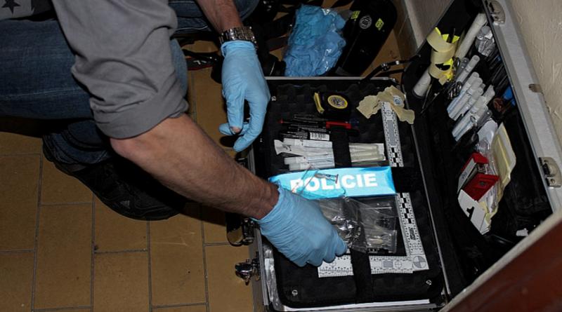 kriminalistický technik na místě činu, M.šerák - krimi-plzen