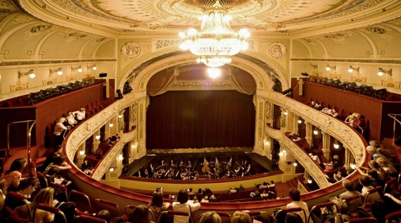 divadlo JKT v Plzni - velké divadlo, plzen.eu
