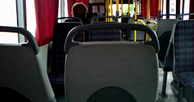 Autobus s několika pasažéry sjel do pole. Šofér měl v dechu necelé tři promile!