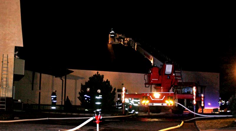 požár skladu elektrosoučástek v příchovicích, hzspk