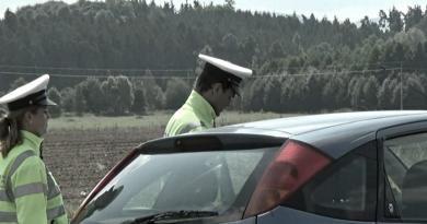 O prázdninách budou probíhat série silničních kontrol na přítomnost alkoholu u řidičů