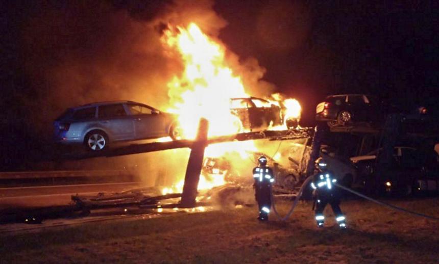 požár kamionu na dálnici u benešovic, hzspk.cz