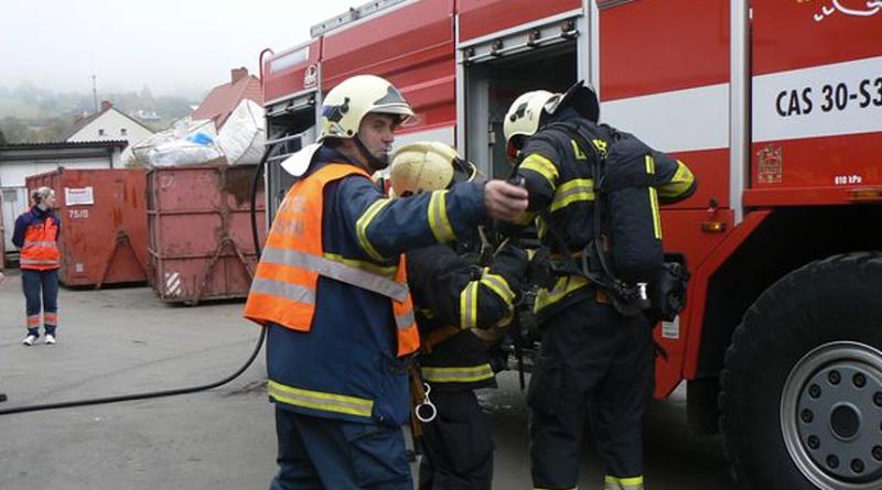 foto-hasiči-u-zásahu-zdroj-hzspk