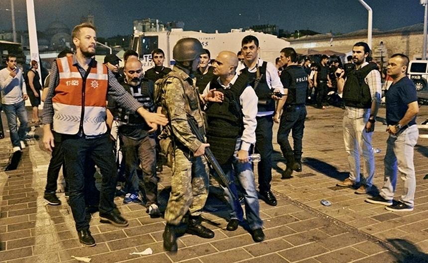 převrat v turecku, zdroj - web