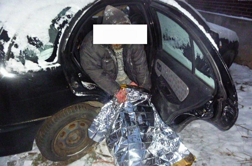 bezdomovec-v-aute-zdroj-mpplzen
