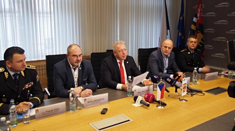 ministr vnitra přijel řešit kriminalitu cizinců v Plzni, zdroj - KÚPk