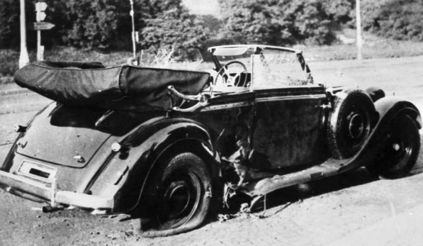 Vozidlo R.Heydricha po atentátu v pražských Košířích, zdroj - wikimedia.org