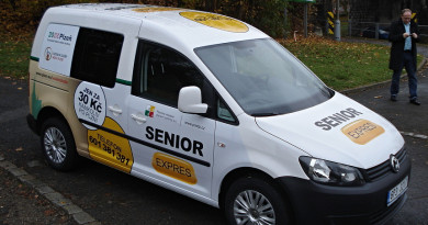 Služba Senior Expres posílila o čtvrté vozidlo. Díky tomu se podaří uspokojit větší množství zákazníků