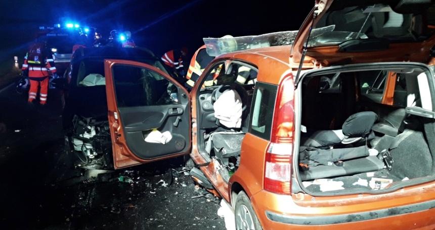 hromadná nehoda u Města Touškova 27.11. - 1., zdrjo-hzspk