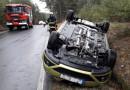 Silnice pokryla ledovka, komplikuje také příjezd záchranářů na místa nehod